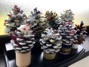 松ぼっくりクリスマスツリー8